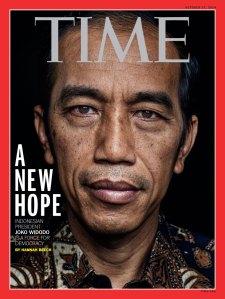 """JOKOWI DALAM SAMPUL 'TIME', SEBAGAI A NEW HOPE. """"Bahwa Presiden Jokowi seakan menjauhi titik temu dengan aspirasi rakyat, indikasinya mulai terlihat. Penelitian sebuah lembaga survey yang banyak menopang pencitraannya di masa lampau sebelum menjadi Presiden RI, menunjukkan menaiknya secara signifikan kurva ketidakpercayaan publik terhadap diri dan pemerintahannya, khususnya di bidang hukum."""""""