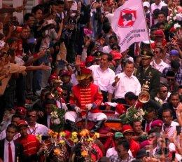 4 Tahun Tertawa dan Menangis  Bersama Presiden Joko Widodo(1)